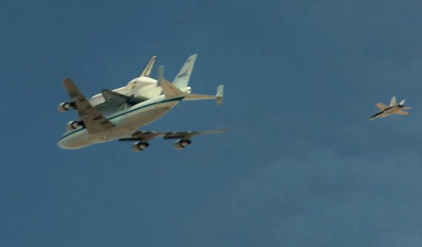 ABC7 viewer Mary Sue Heeb took this photo of space shuttle Endeavour over Mojave on Friday, Sept. 21, 2012. &#160;Send us your shuttle pictures and video to video@abc7.com or post them to the ABC7 Facebook page. You can also Tweet us @abc7 with #SpotTheShuttle. <span class=meta>(ABC7 viewer Mary Sue Heeb)</span>