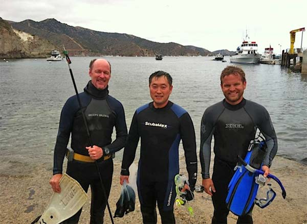 Dr. Chris Lowe, ABC7 photographer Darryl Kim and CSULB student Barrett Wolfe go in search of leopard sharks to tag with an acoustic transmitter. <span class=meta>(KABC &#47; Lisa Bartley)</span>