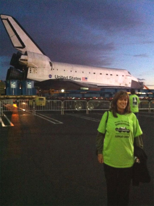 ABC7 viewer Liz Temkin took this picture of space shuttle Endeavour on Friday, Oct. 12, 2012. &#160;Send us your shuttle pictures and video to video@abc7.com or post them to the ABC7 Facebook page. You can also Tweet us @abc7 with #SpotTheShuttle. <span class=meta>(ABC7 viewer Liz Temkin)</span>