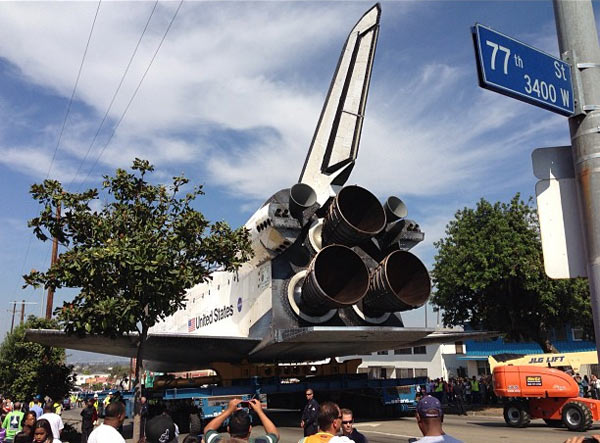 ABC7 viewer Jacen Crehan posted this photo of space shuttle Endeavour on Saturday, Oct. 13, 2012. &#160;Send us your shuttle pictures and video to video@abc7.com or post them to the ABC7 Facebook page. You can also Tweet us @abc7 with #SpotTheShuttle. <span class=meta>(ABC7 viewer Jacen Crehan)</span>