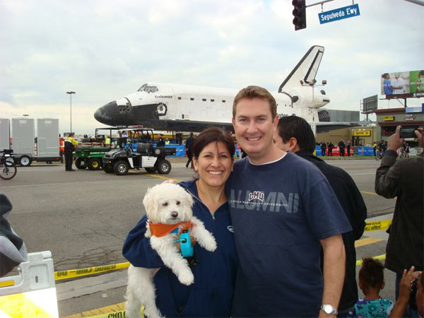 "<div class=""meta ""><span class=""caption-text "">ABC7 viewer Brian Christie posted this photo on our Facebook page of space shuttle Endeavour on Friday, Oct. 12, 2012.   Send us your shuttle pictures and video to video@abc7.com or post them to the ABC7 Facebook page. You can also Tweet us @abc7 with #SpotTheShuttle. (ABC7 viewer Brian Christie)</span></div>"