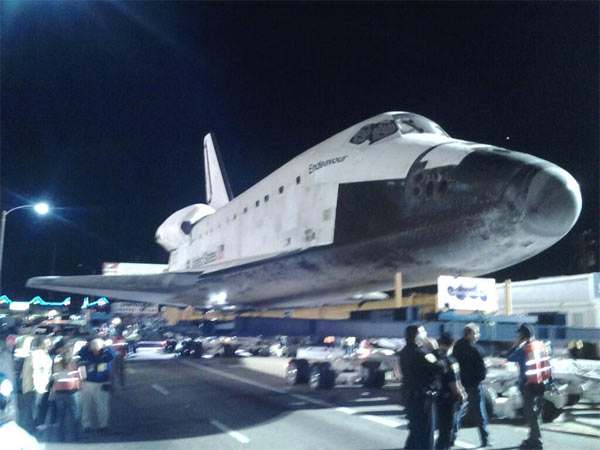 ABC7 viewer Anthony Gutierrez posted this photo on our Facebook page of space shuttle Endeavour on Saturday, Oct. 13, 2012. &#160;Send us your shuttle pictures and video to video@abc7.com or post them to the ABC7 Facebook page. You can also Tweet us @abc7 with #SpotTheShuttle. <span class=meta>(ABC7 viewer Anthony Gutierrez)</span>