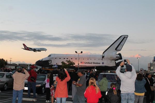 ABC7 viewer Amanda Millager posted this photo on our Facebook page of space shuttle Endeavour on Friday, Oct. 12, 2012. &#160;Send us your shuttle pictures and video to video@abc7.com or post them to the ABC7 Facebook page. You can also Tweet us @abc7 with #SpotTheShuttle. <span class=meta>(ABC7 viewer Amanda Millager)</span>