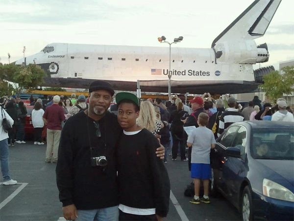 ABC7 viewer Renita Lorraine Thomas-Franklin posted this photo on our Facebook page of father and son, D&#39;Andre and Makai Franklin, posing with space shuttle Endeavour on Friday, Oct. 12, 2012. &#160;Send us your shuttle pictures and video to video@abc7.com or post them to the ABC7 Facebook page. You can also Tweet us @abc7 with #SpotTheShuttle. <span class=meta>(ABC7 viewer Renita Lorraine Thomas-Franklin)</span>