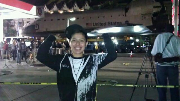 "<div class=""meta ""><span class=""caption-text "">ABC7 viewer Helen Casias posted this photo on our Facebook page of her daughter Nancy Velasco with space shuttle Endeavour on Sunday, Oct. 14, 2012.  Send us your shuttle pictures and video to video@abc7.com or post them to the ABC7 Facebook page. You can also Tweet us @abc7 with #SpotTheShuttle. (ABC7 viewer Helen Casias)</span></div>"