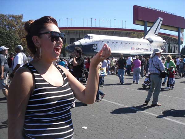 "<div class=""meta ""><span class=""caption-text "">ABC7 viewer Steve O Vasquez posted this photo on our Facebook page of space shuttle Endeavour on Sunday, Oct. 14, 2012.  Send us your shuttle pictures and video to video@abc7.com or post them to the ABC7 Facebook page. You can also Tweet us @abc7 with #SpotTheShuttle. (ABC7 viewer Steve O Vasquez)</span></div>"
