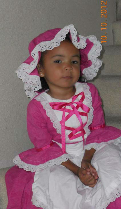 "<div class=""meta ""><span class=""caption-text "">ABC7 viewer Lilyana Hunter sent us this photo of Leila Garrison Hunter dressed as a sweet Little Bo Peep. Post your Halloween pictures on our ABC7 Facebook page. (KABC Photo/ ABC7 viewer Lilyana Hunter)</span></div>"