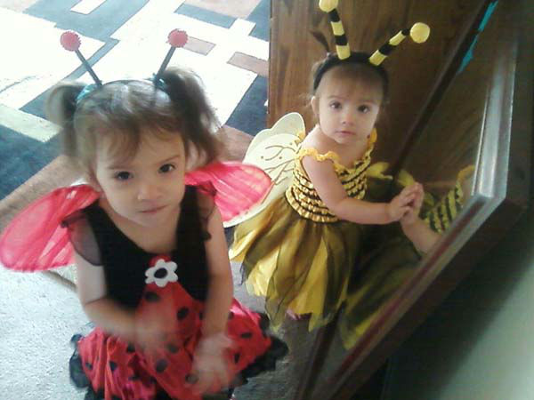 ABC7 viewer Ana Monterroso sent us this photo of her beautiful daughters participating in the Halloween spirit.&#160;Post your Halloween pictures on our ABC7 Facebook page. <span class=meta>(KABC Photo&#47; ABC7 viewer Ana Monterroso)</span>