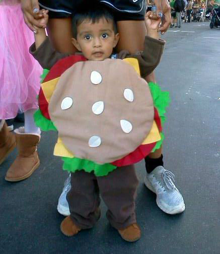 ABC7 viewer Danielle Negrete Cruz sent us this mouthwatering photo of her son Mason dressed up as a cheeseburger.&#160;Post your Halloween pictures on our ABC7 Facebook page. <span class=meta>(KABC Photo&#47; ABC7 viewer Danielle Negrete Cruz)</span>