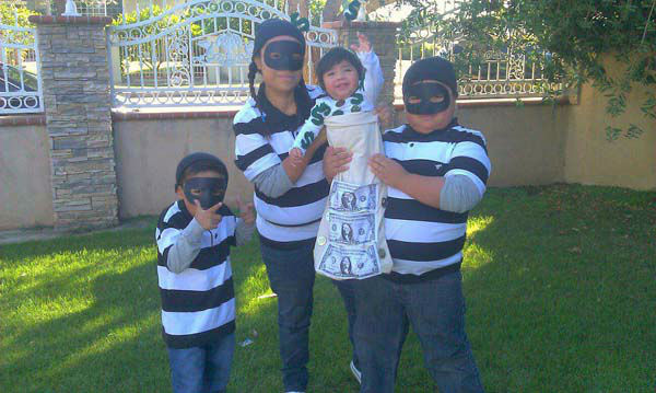 ABC7 viewer Mari Chumpitaz-Hinojosa sent us this photo of The Hinojosa burglars stealing the little money bag.&#160;Post your Halloween pictures on our ABC7 Facebook page. <span class=meta>(KABC Photo&#47; ABC7 viewer Mari Chumpitaz-Hinojosa)</span>