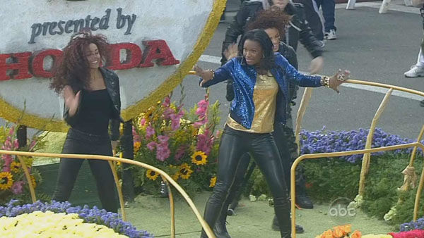 Coco Jones performed on Orange Grove Boulevard during the 124th annual Rose Parade in Pasadena Jan. 1, 2013. <span class=meta>(KABC Photo)</span>