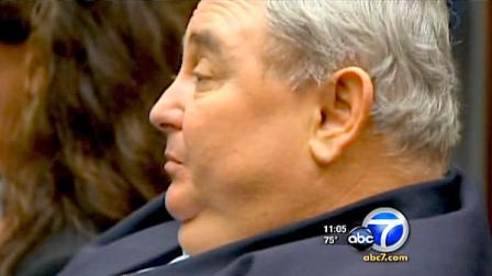 Former Bell city manager Robert Rizzo is seen in an L.A. courtroom, March 2011.