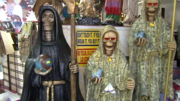 In an effort to educate local police officers about the religious figure, authorities are organizing a conference that will focus on the patron saints of the Mexican drug trade.