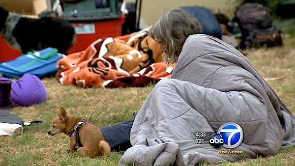 Venice residents sleep out to support homeless