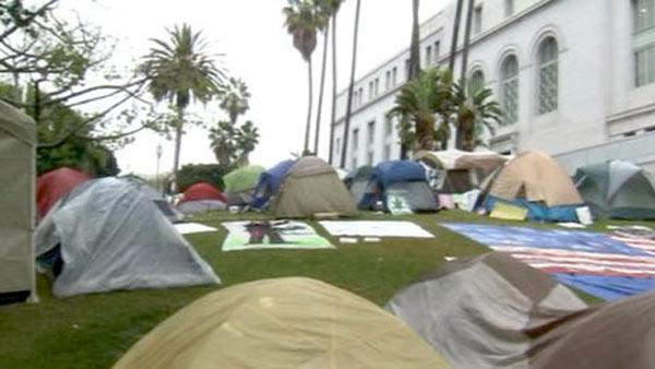 Officials want Occupy LA protesters off lawn