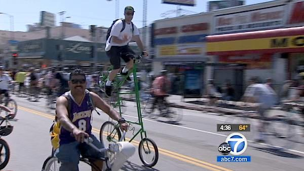 LA streets close for city's 4th CicLAvia