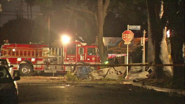 Plane crash in Westwood neighborhood kills 1
