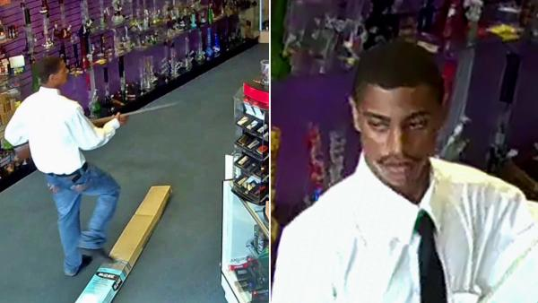 Manhattan Beach robber slashes clerk's throat