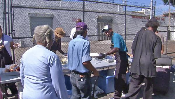 Homeless treated to holiday barbecue