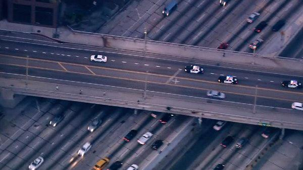 A robbery suspect led LAPD officers in a pursuit in and around the downtown Los Angeles area Tuesday, Sept. 11, 2012.