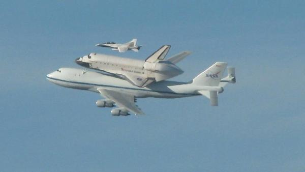 ABC7 viewer Kathi Taylor took this photo of space shuttle Endeavour on Friday, Sept. 21, 2012.