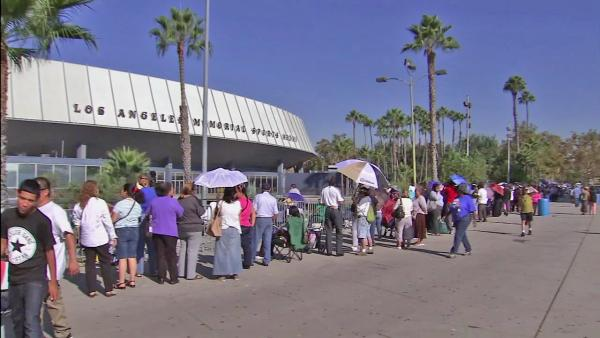 Thousands line up for upcoming health clinic