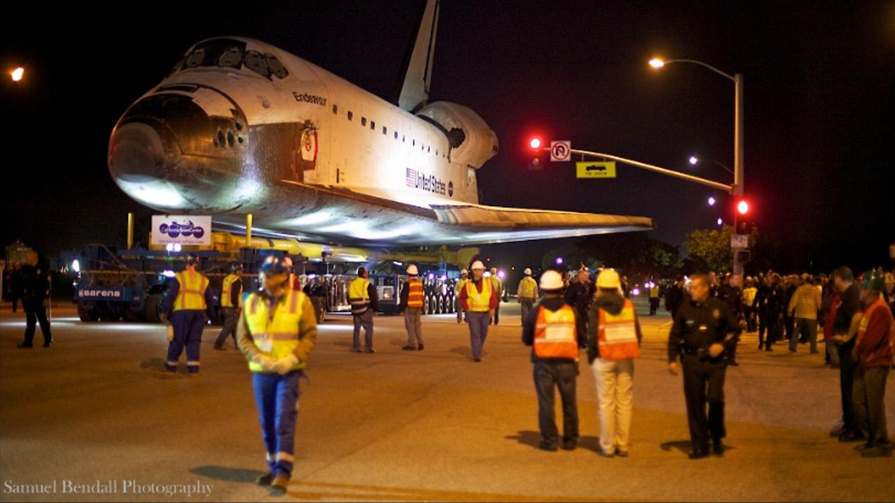 ABC7 viewer Samuel Bendall took this picture of space shuttle Endeavour on Friday, Oct. 12, 2012. <span class=meta>(ABC7 viewer Samuel Bendall)</span>