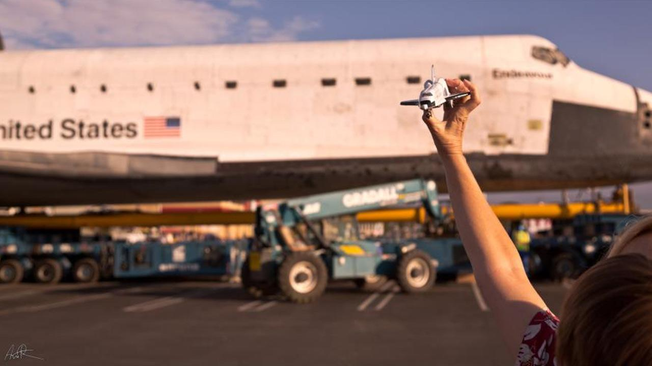 ABC7 viewer Andy Ryan took this picture of space shuttle Endeavour on Friday, Oct. 12, 2012. <span class=meta>(ABC7 viewer Andy Ryan)</span>