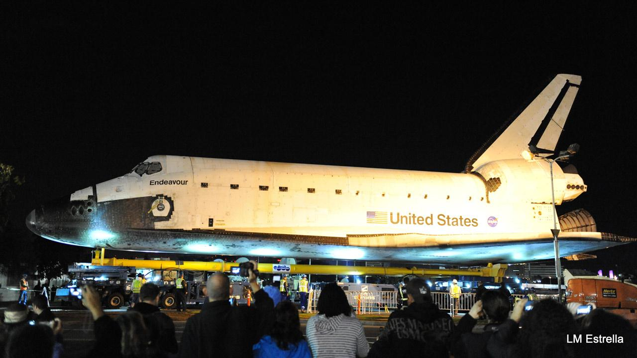 ABC7 viewer Lorraine Estrella took this picture of space shuttle Endeavour on Friday, Oct. 12, 2012. <span class=meta>(ABC7 viewer Lorraine Estrella)</span>