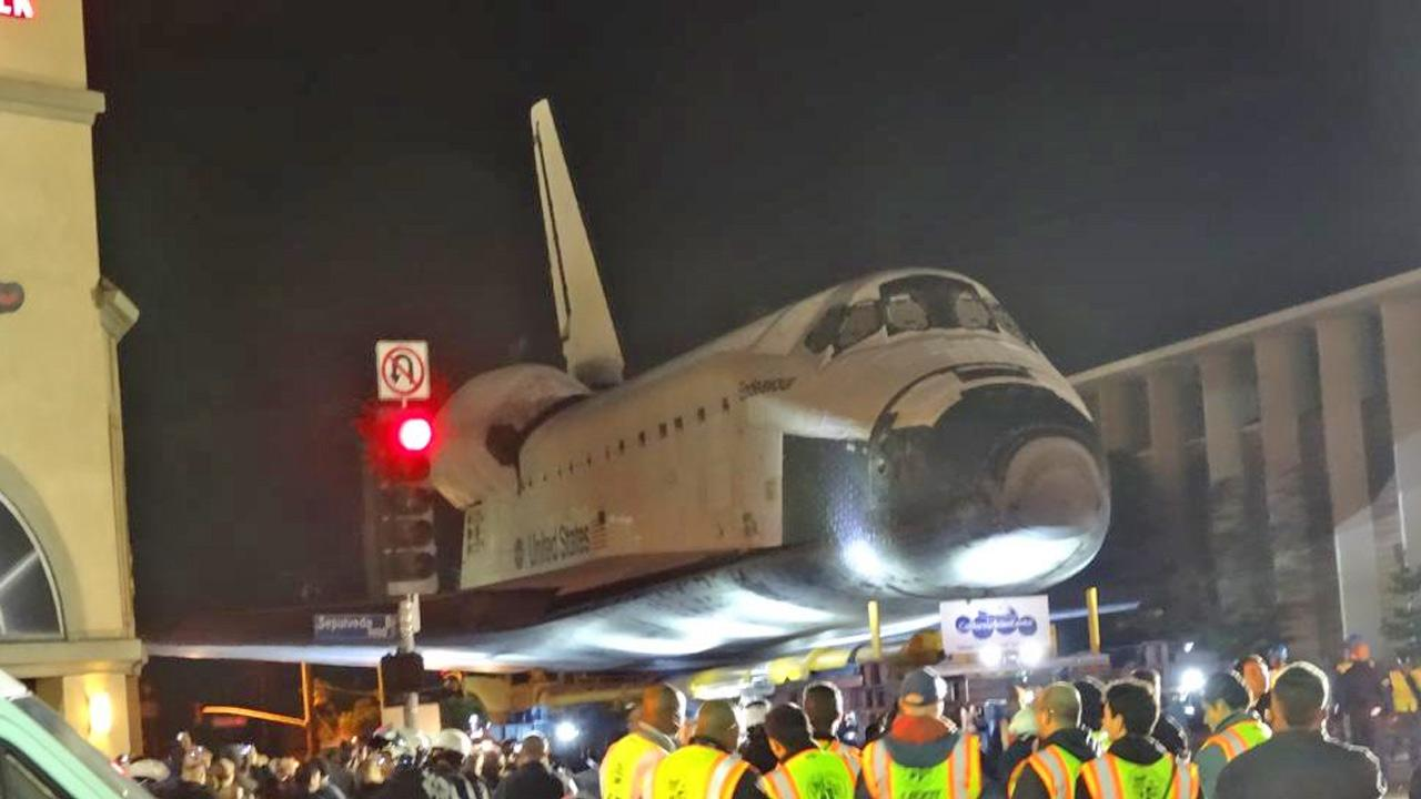 ABC7 viewer Carlos Gomez took this picture of space shuttle Endeavour on Friday, Oct. 12, 2012. <span class=meta>(ABC7 viewer Carlos Gomez)</span>