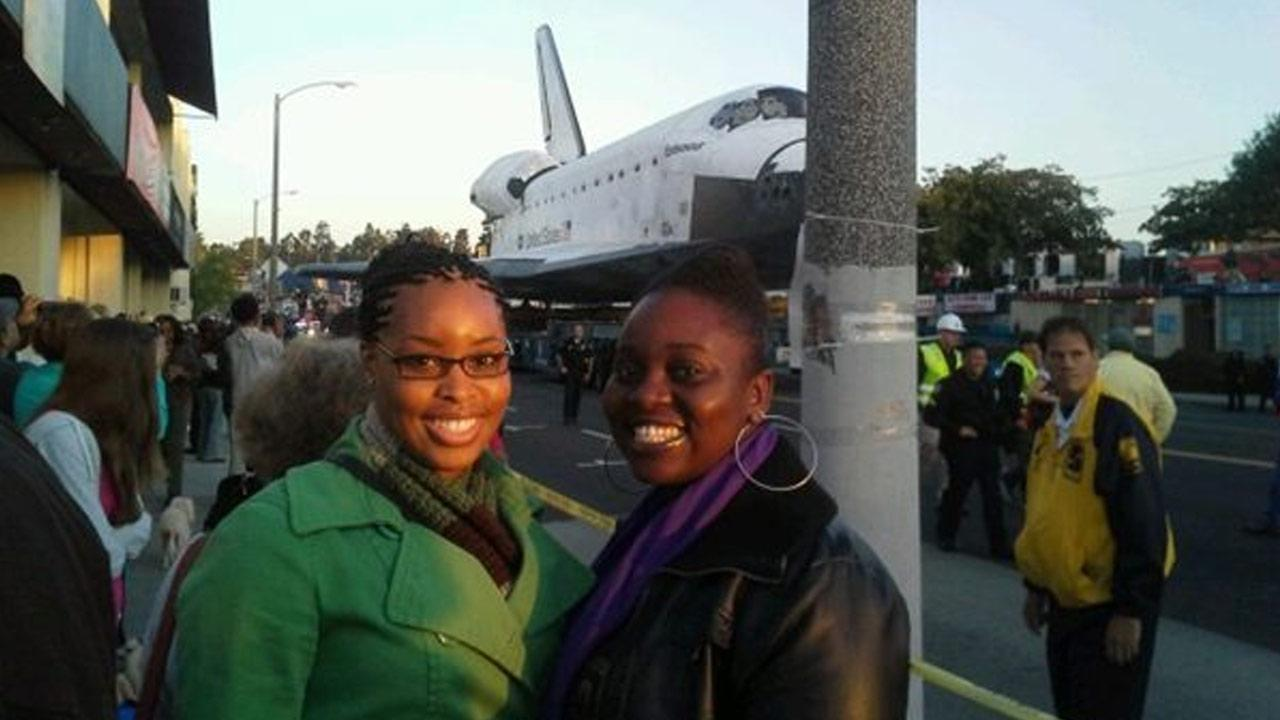 ABC7 viewer Nikki Rosa took this picture of space shuttle Endeavour on Friday, Oct. 12, 2012. <span class=meta>(ABC7 viewer Nikki Rosa)</span>