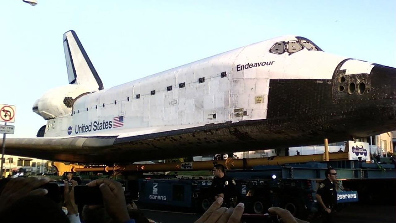 An ABC7 viewer took this picture of space shuttle Endeavour on Saturday, Oct. 13, 2012. <span class=meta>(ABC7 viewer)</span>
