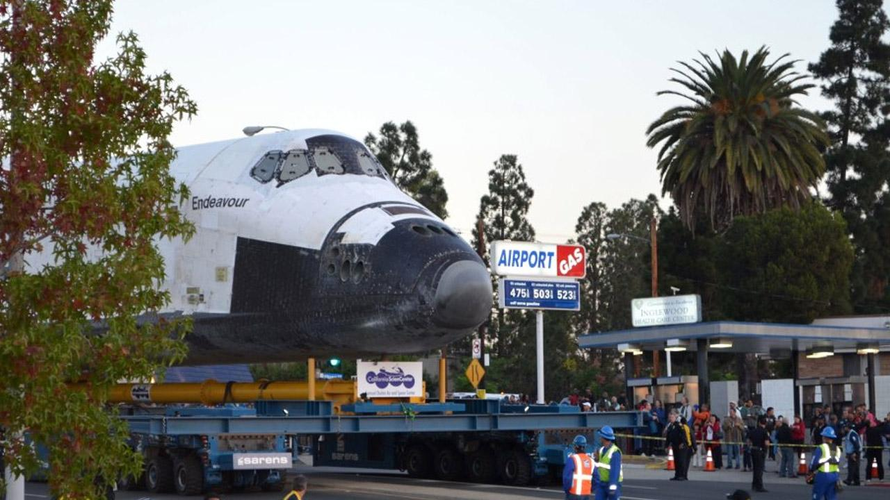 ABC7 viewer Bill McDermott took this picture of space shuttle Endeavour on Saturday, Oct. 13, 2012. <span class=meta>(ABC7 viewer Bill McDermott)</span>