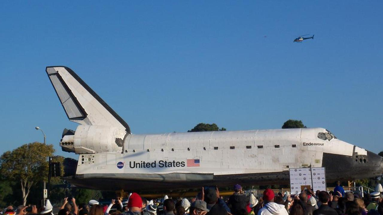 ABC7 viewer Russ Leckey posted this photo on our Facebook page of space shuttle Endeavour along Crenshaw Boulevard and 82nd Street on Friday, Oct. 12, 2012.ABC7 viewer Russ Leckey