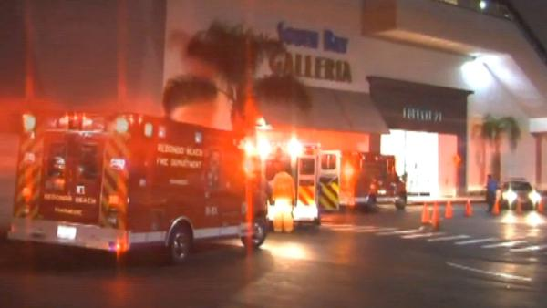 2 minors stabbed at South Bay Galleria