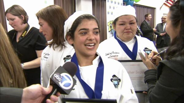 Students create dishes for cooking contest