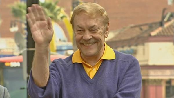 Lakers owner Jerry Buss in intensive care