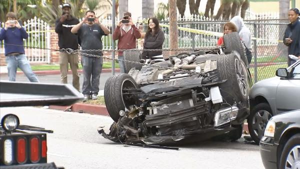 Street racing suspected in Mid-City crash