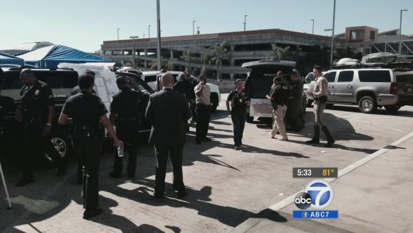 LAX passengers stuck on tarmac for hours