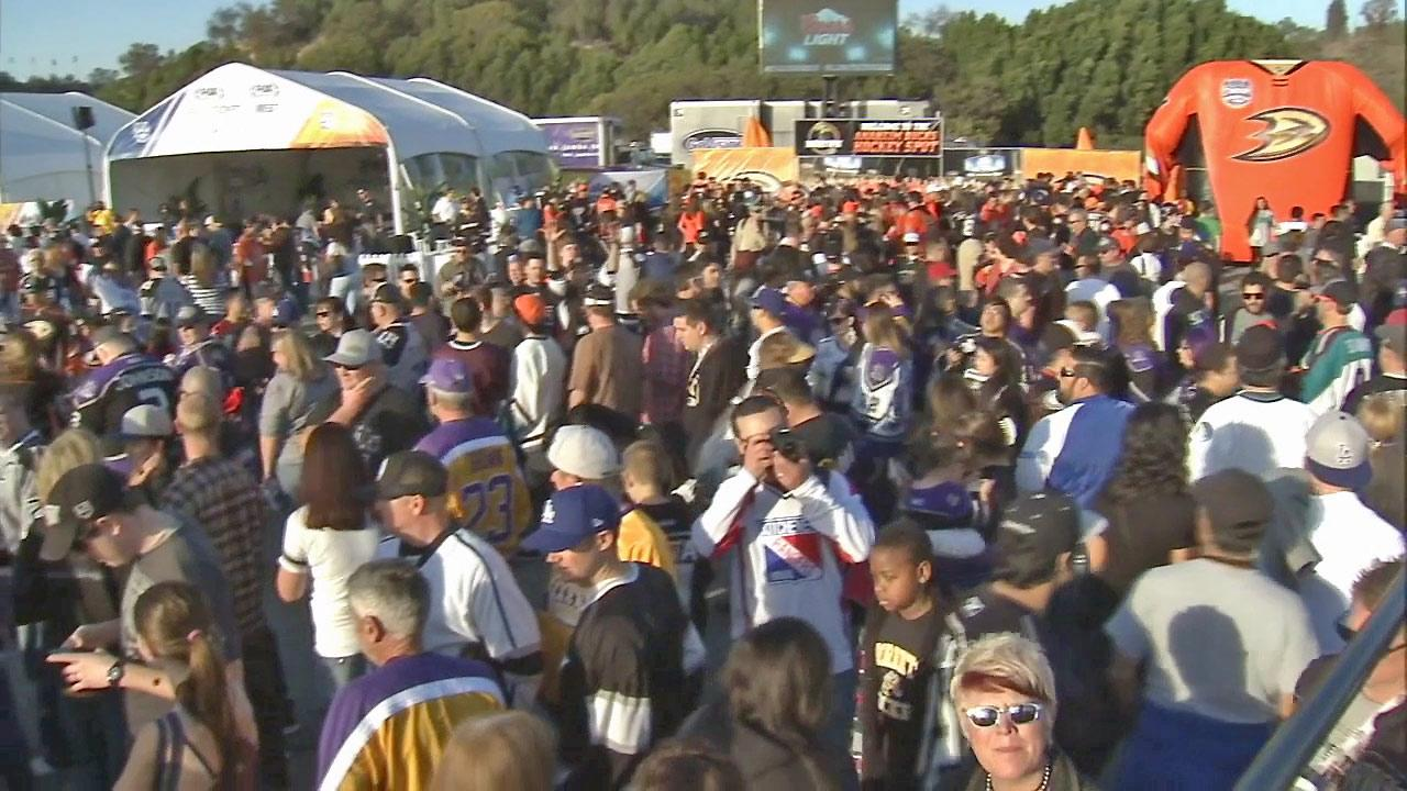 Hockey fans gather at Dodger Stadium for the Stadium Series with the L.A. Kings and Anaheim Ducks on Saturday, Jan. 25, 2014.