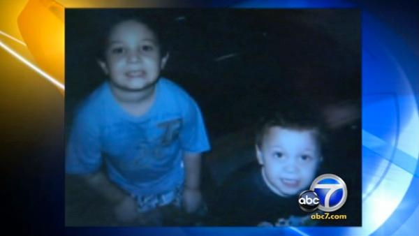 2 boys abducted in Anaheim; gray minivan sought