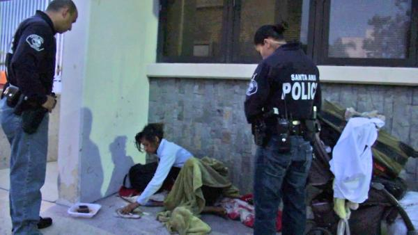 Santa Ana police reach out to homeless