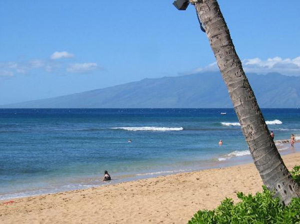 Ka'anapali Beach in Lahaina, Hawaii ranked No. 1 on TripAdvisor's 2013 Traveler's Choice Beaches Awards list. The travel website says the beach is great for visits year-round.
