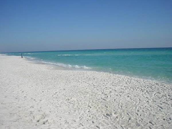 Pensacola Beach in Pensacola, Fla. ranked No. 22 on TripAdvisor&#39;s 2013 Traveler&#39;s Choice Beaches Awards list. According to the travel website, the best time to visit is between March and May. <span class=meta>(TripAdvisor)</span>