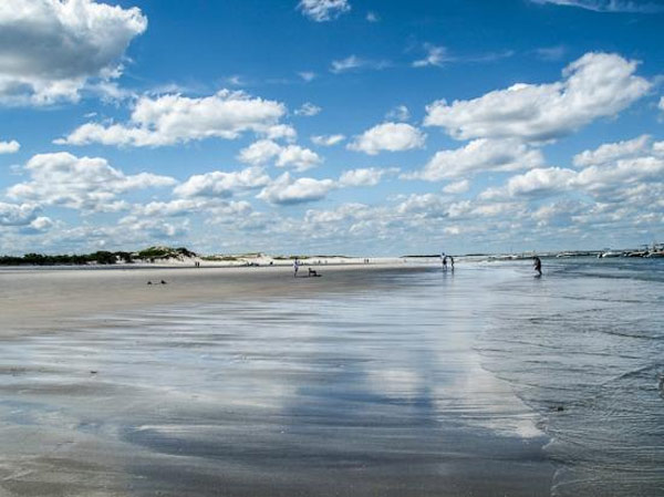 "<div class=""meta ""><span class=""caption-text "">Crane Beach in Ipswich, Mass. ranked No. 25 on TripAdvisor's 2013 Traveler's Choice Beaches Awards list. According to the travel website, the best time to visit is between June and September. (TripAdvisor)</span></div>"