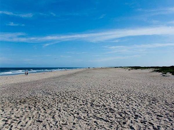 Assateague Beach in Chincoteague Island, Va. ranked No. 7 on TripAdvisor&#39;s 2013 Traveler&#39;s Choice Beaches Awards list. According to the travel website, the best time to visit is between May and September. <span class=meta>(TripAdvisor)</span>
