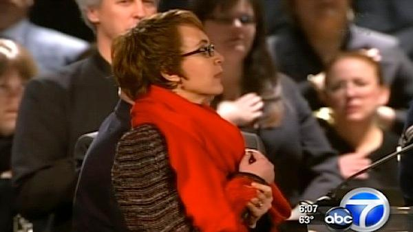 Giffords, Tucson mark anniversary of shooting