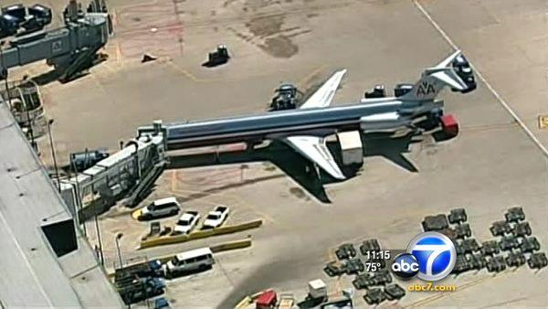 American Airlines jet delayed after outburst