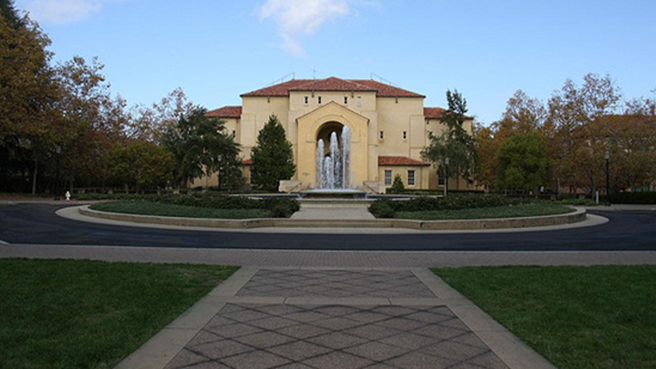 Stanford University ranked No. 3 on Sierra Magazines 2012 list of Americas Greenest Colleges.flickr/cytech