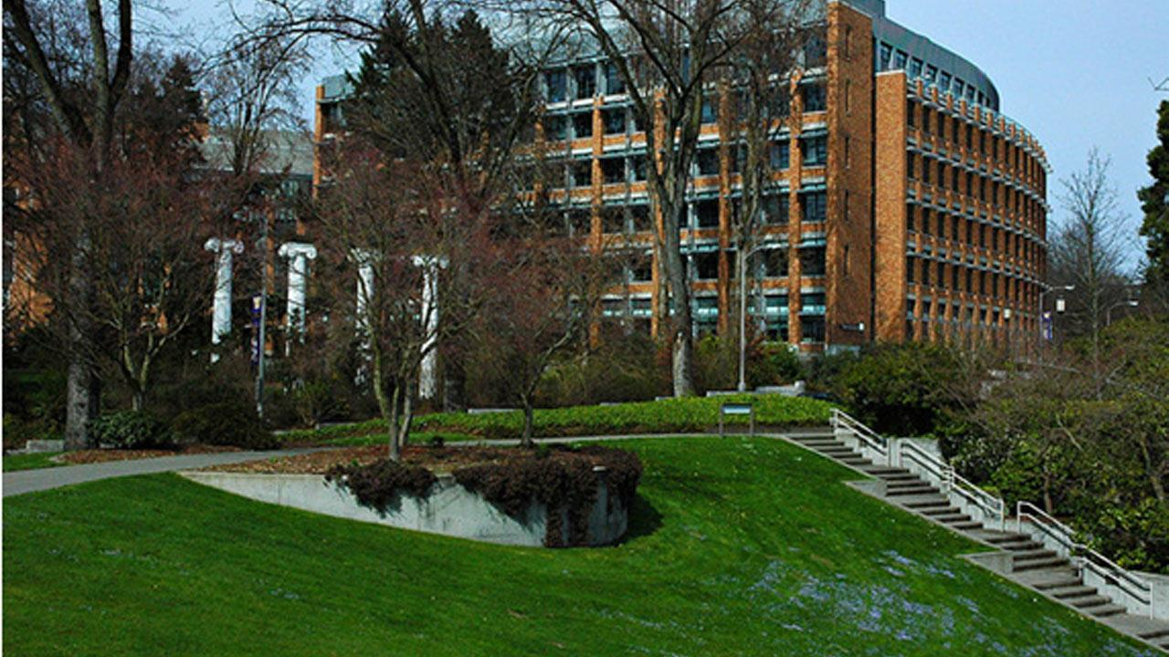 University of Washington, Seattle ranked No. 4 on Sierra Magazines 2012 list of Americas Greenest Colleges. <span class=meta>(flickr&#47;Wonderlane)</span>